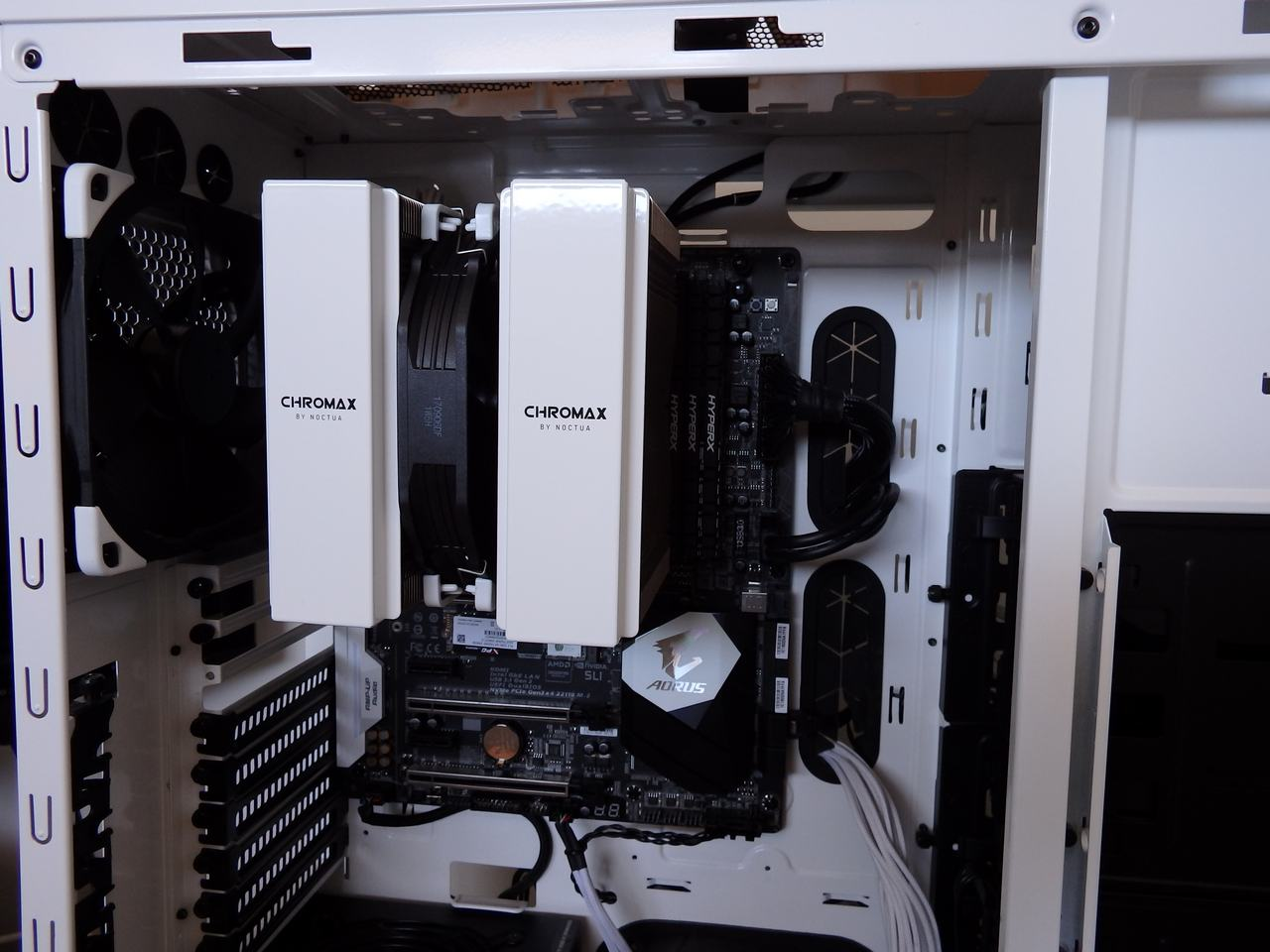 hardware_cooling_noctua_chromax_140mm17