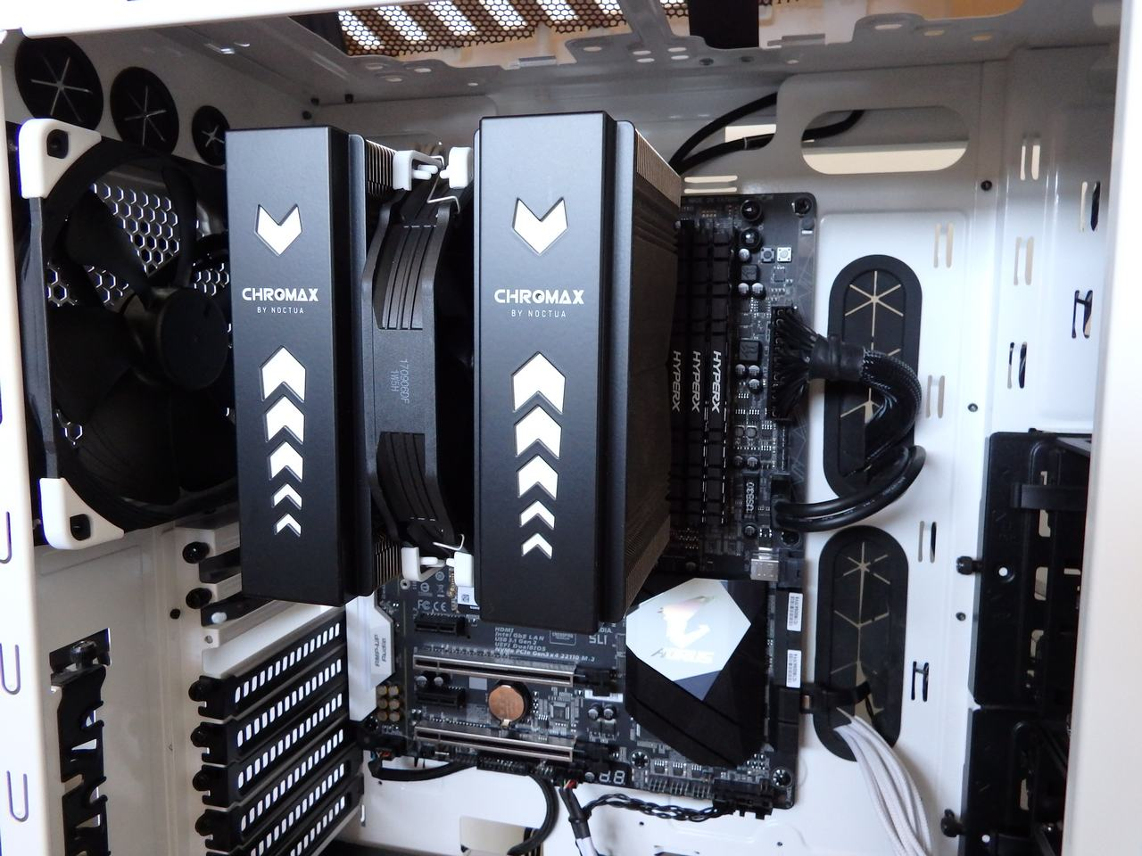 hardware_cooling_noctua_chromax_140mm21
