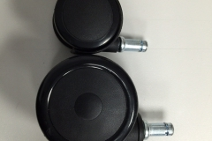 dxracer wheels